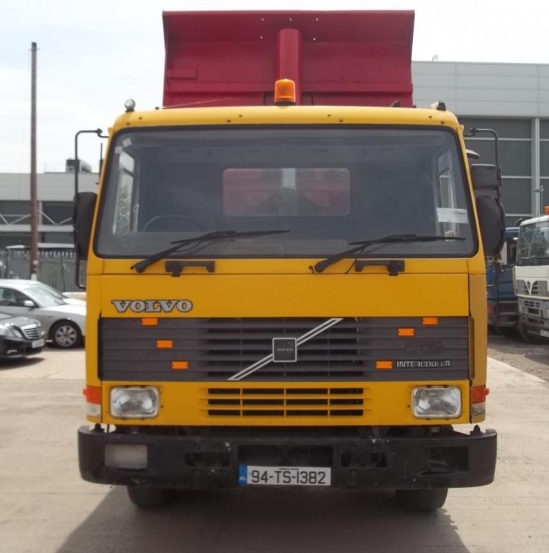 V8x4-2-04