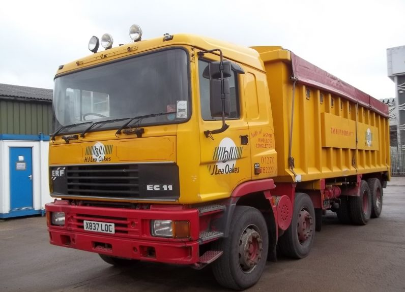 ERF Tipper truck 8x4 bulk carrieer for sale