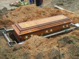 coffin on rack - kitweonline