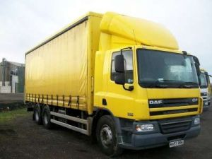 Curtainsider truck for sale