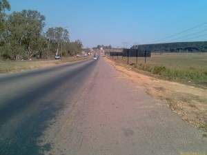 Kitwe-Ndola Road - looking South_kitweonline