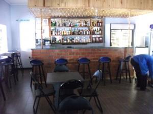 Zemics Park Lodge - bar_ kitweonline