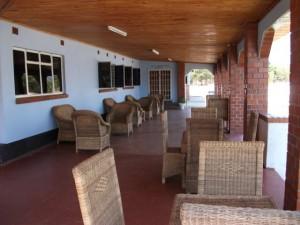 Zemics Park Lodge foyer - kitweonline