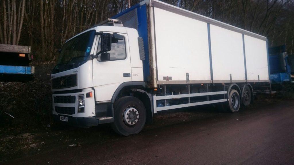 2004 Volvo FM9 Box Truck